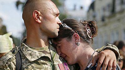 Ucrânia homenageia soldados que morreram em Ilovaisk