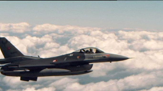 """الطيران الحربي التركي يشنّ أولى غاراته ضد تنظيم """"الدولة الإسلامية"""" في سوريا"""