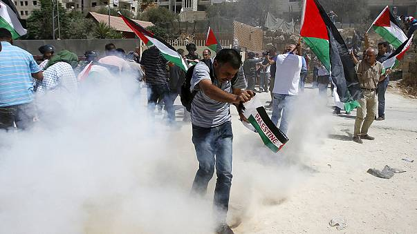 İsrail polisinden duvar protestosuna müdahale