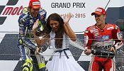 Rossi wins rainy British GP to claim championship lead