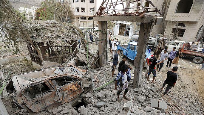 Yemen'de koalisyon uçakları yine sivilleri vurdu