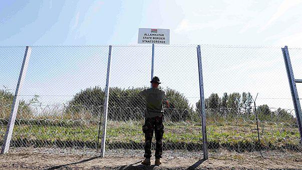 Глава МИД Франции раскритиковал миграционную политику Венгрии.