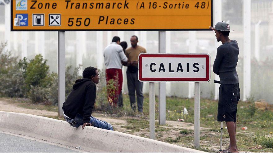 Siga en directo la rueda de prensa de los responsables comunitarios de inmigración en Calais