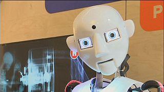 Robot fuarı ziyaretçi akınına uğradı
