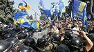 Autonomiegesetz für die Ostukraine: Schwere Ausschreitungen in Kiew