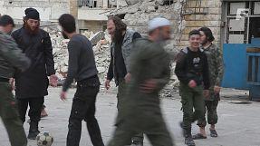 Esclusivo (Siria): Ansar al Aquida, partita a calcio fra tagliagole