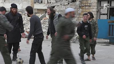Daily life in a Jihadist group at war