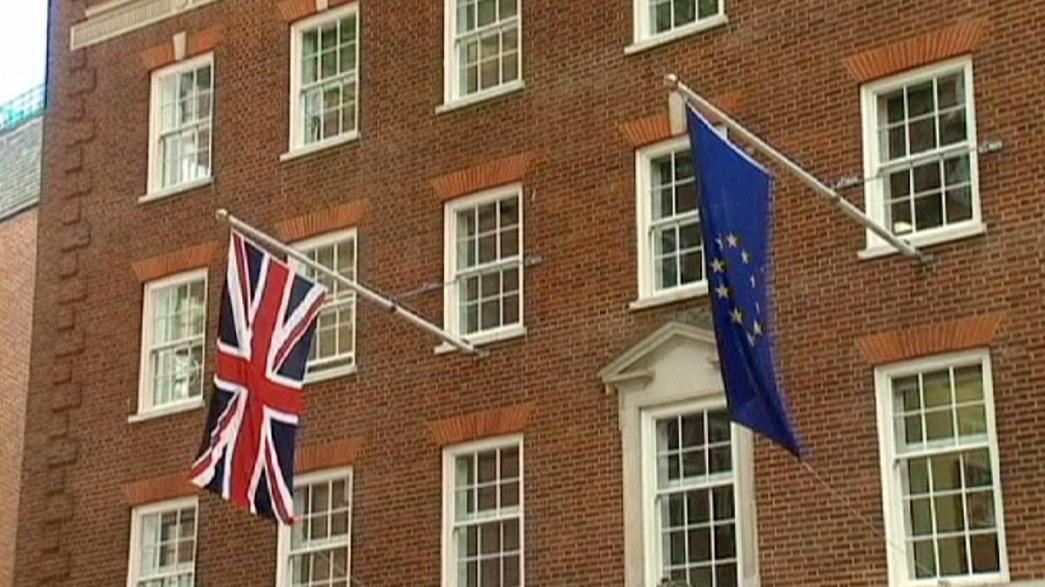 Il Governo inglese cambia il quesito del referendum sull'Europa