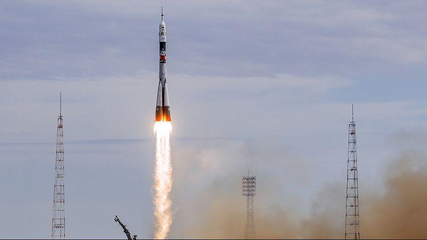 Drei Raumfahrer zur ISS gestartet: Erster Däne im All