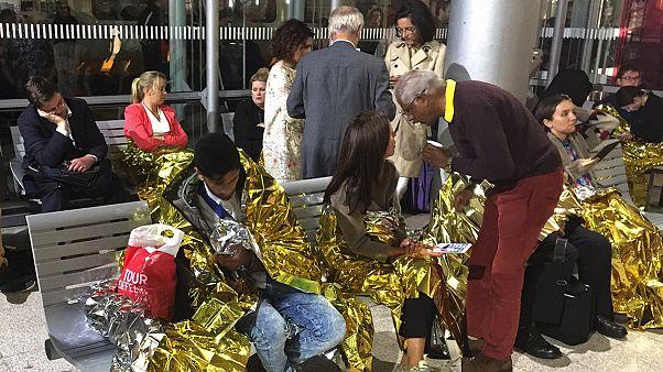 Un grupo de inmigrantes paraliza el Eurostar en Calais