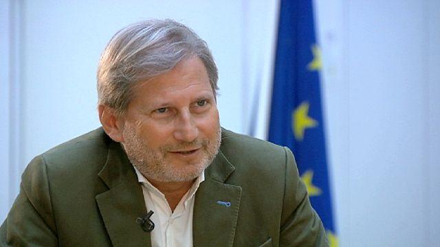 Crise migratoire : les Européens doivent faire front ensemble selon Johannes Hahn