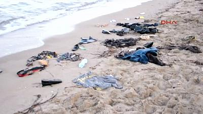 Five children among a dozen migrants to drown off Turkish coast