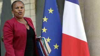 El Ministerio de Justicia francés emplea ilegalmente a 40.500 personas