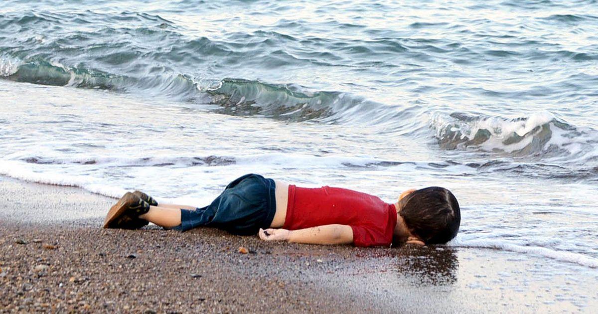 http://static.euronews.com/articles/312783/1200x630_312783_el-nino-sirio-ahogado-en-bodrum-s.jpg?1441239543