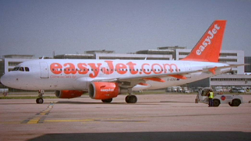 EasyJet says on course for record 2015 profits