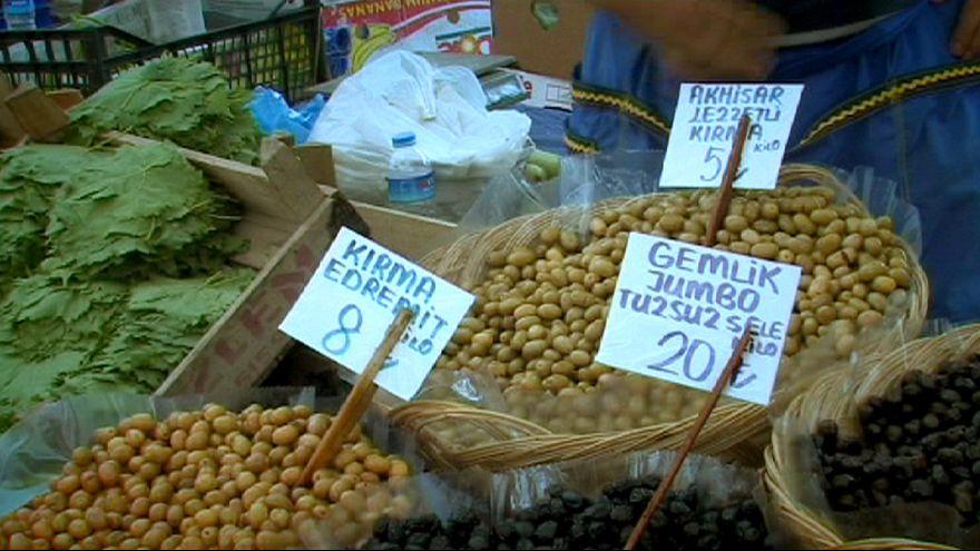 La inflación en Turquía supera el 7% y la lira se devalúa