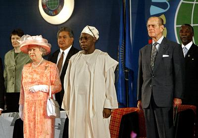 CHOGM heads of state with the queen in 2003.