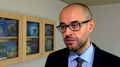 """Sergio Carrera, investigador : """"Schengen funciona perfectamente. Hay que reformar Dublín"""""""