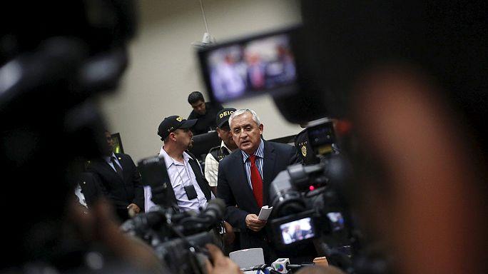 بيريز رئيس غواتيمالا المستقيل في السجن بأمر من القضاء