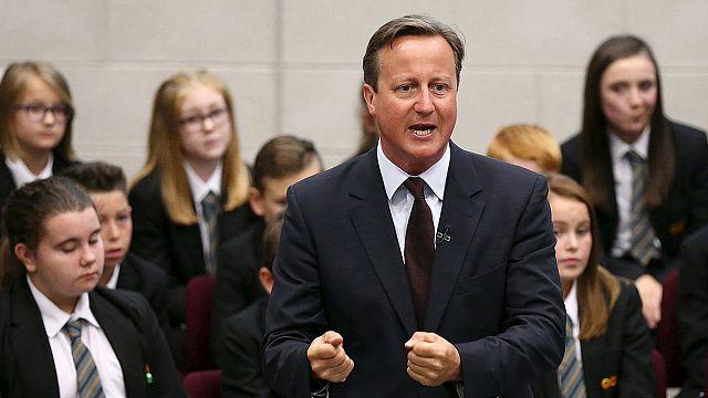 """David Cameron: """"Göçmen krizine kapsamlı çözüm gerekiyor"""""""