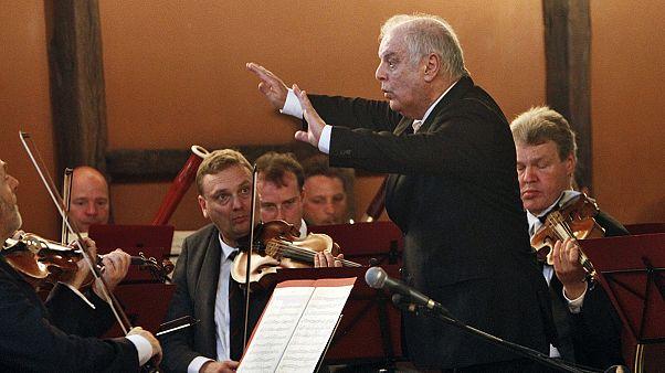 جنجال بر سر سفر رهبر ارکستر اسرائیلی به تهران