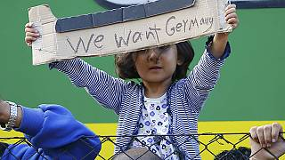 اعتراض پناهجویان در قطارهای متوقف شده مجارستان