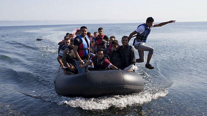 """Мигранты: """"Если мы не можем жить у себя дома, будем жить в Европе"""""""