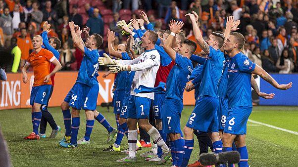 Islândia em festa, Holanda à beira da depressão