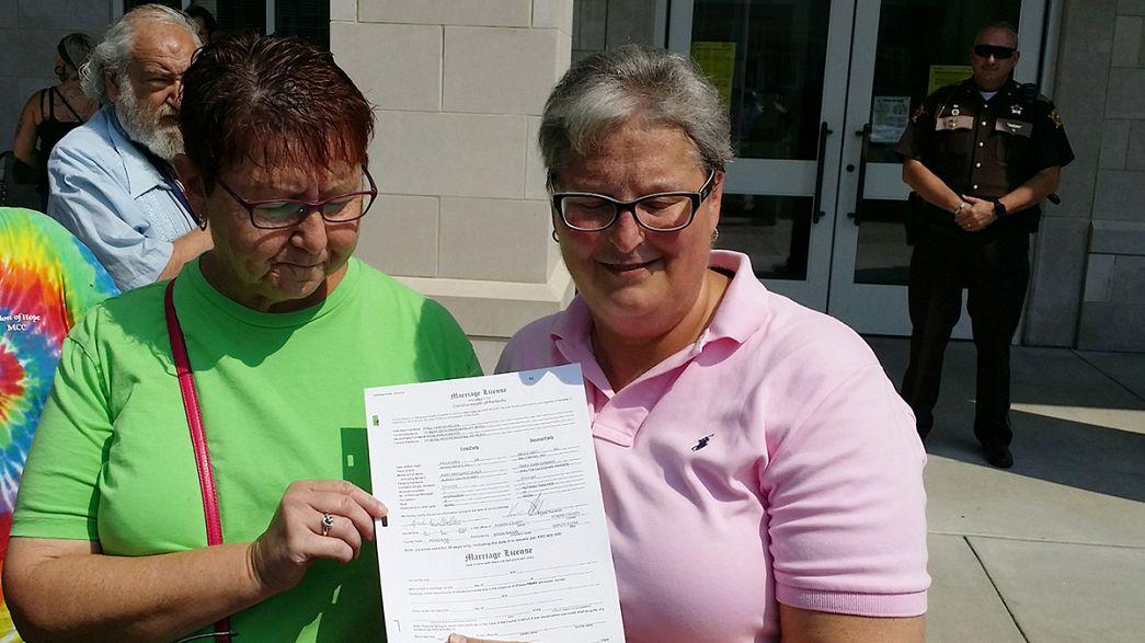 Un bureau d'Etat civil du Kentucky obligé à célébrer un mariage gay