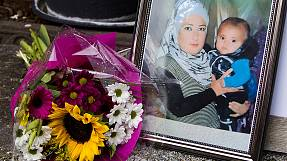 Aylan buried with his bother in Kobani