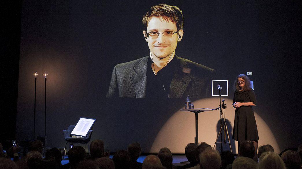 Snowden recibe el premio de la Academia Noruega de Literatura y Libertad Expresión