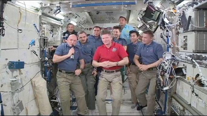 Espace : nouveau commandant de l'ISS après l'arrivée de trois spationautes