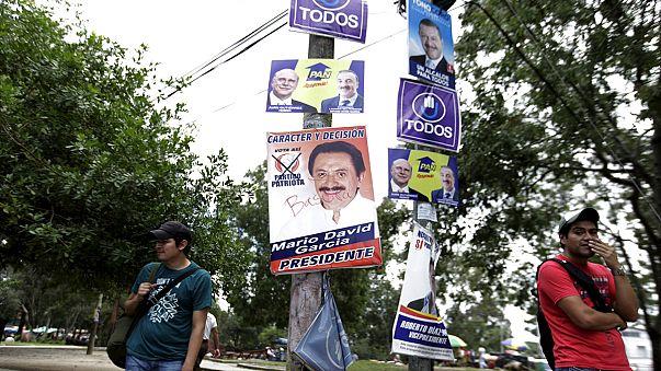 Guatemala'da seçmenler sandık başına gidiyor