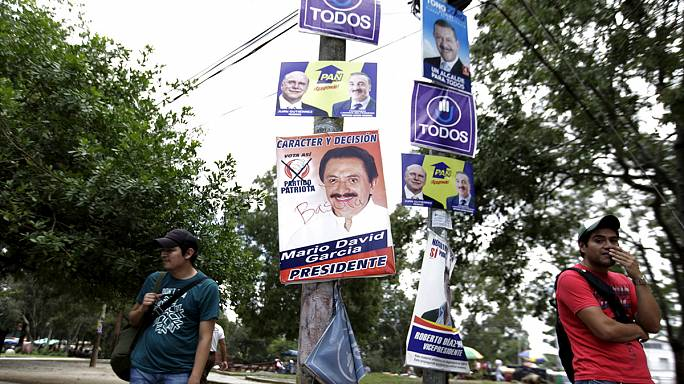 Disenchanted Guatemalans vote for new leader amid graft scandal