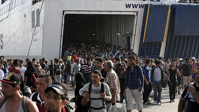 الامم التحدة تدعو لاجلاء سريع للمهاجرين العالقين في جزيرة ليسبوس اليونانية