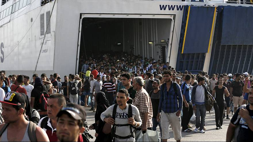 Lesbos transborda de refugiados