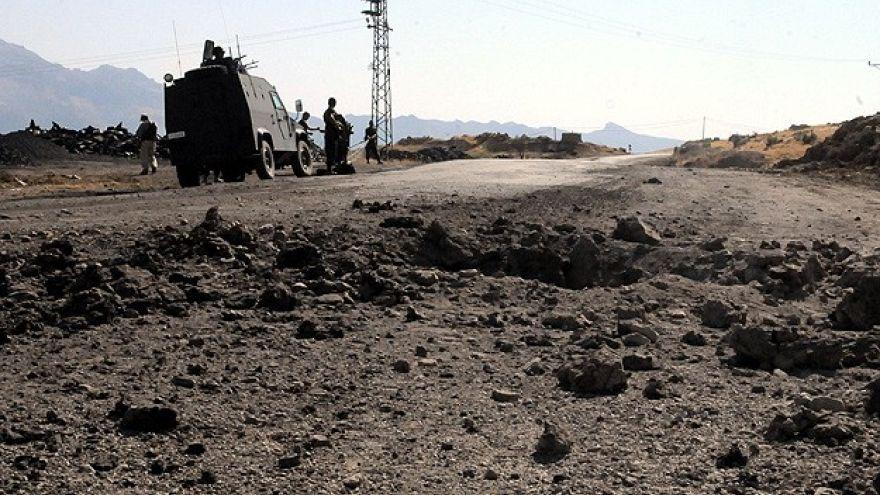 Hakkari'de PKK'dan hain pusu