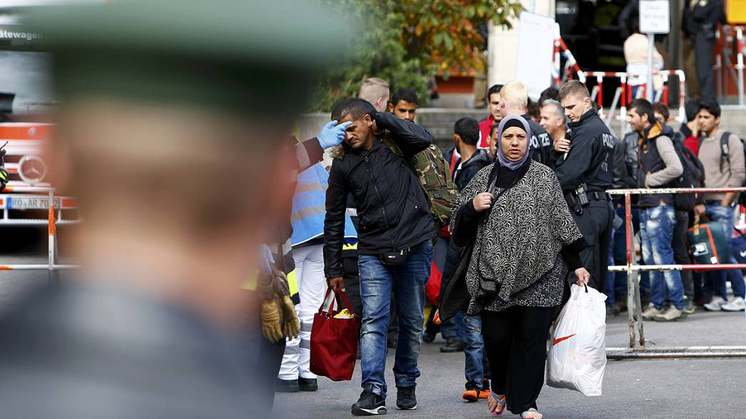 Germania: migliaia di migranti in arrivo dall'Austria