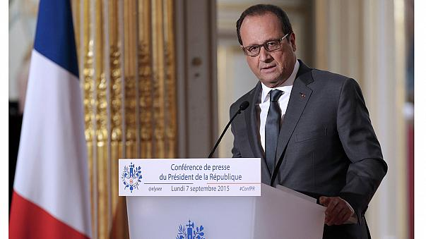 رئیس جمهوری فرانسه از پذیرش ۲۴ هزار پناهجو در دو سال آینده خبر داد