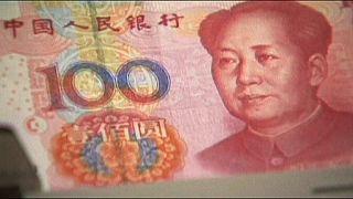 China derreteu reservas em agosto para sustentar a moeda