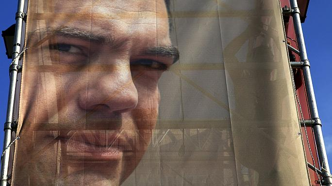 Syriza baja en las encuestas hasta empatar con Nueva Democracia