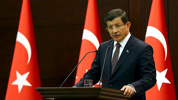 أوغلو يتوعد بتطهير جميع أراضي تركيا من الإرهابيين
