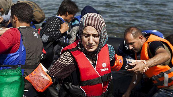 Syrian journalist films perilous crossing from Turkey to Greece
