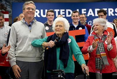 Former Florida Gov. Jeb Bush, then a Republican presidential candidate, and Barbara Bush at a town hall meeting in Derry, New Hampshire, in February 2016.