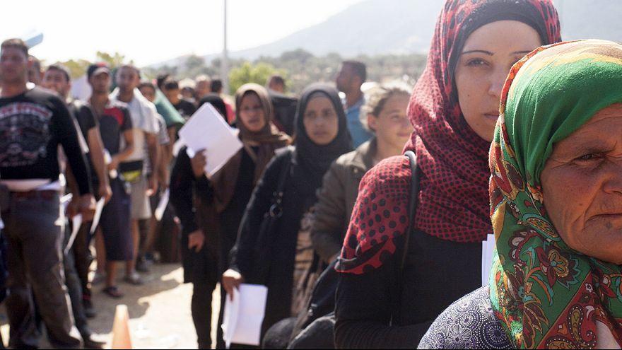 Сколько же беженцев примет ЕС и куда денет?