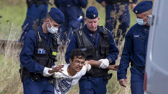 Ugly scenes at Hungary's Serbian border as migrants clash with police