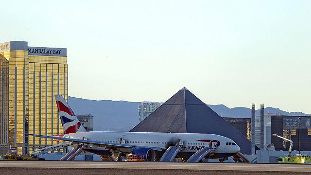 اندلاع نيران في طائرة بريطانية في لاس فيغاس