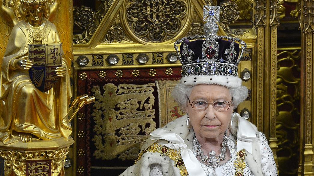 'Long to reign over us' Queen Elizabeth Britain's longest serving monarch