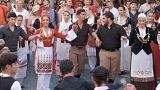 جزيرة كريت اليونانية تحتفي بالموسيقى والرقصات الشعبية