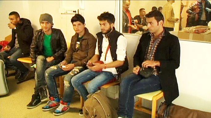 Первые беженцы перебрались из Германии во Францию